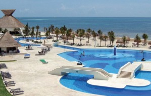 BlueBay Grand Esmeralda All-Inclusive